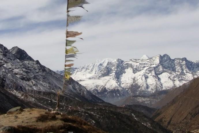 soschyontour-nepal-bergfahne