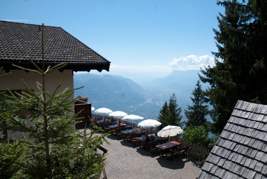 Wundervoller Ausblick von der Terrasse der Mutkopfhütte