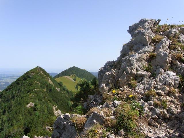 Der Pfad zur Aiplspitze bietet Fels und eine fantastische Aussicht