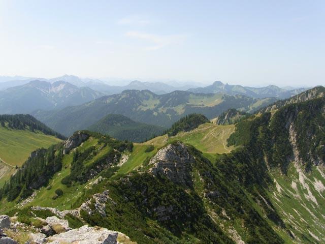 Aussicht auf Schinder, Guffert und Risserkogel vom Aiplspitz Gipfel