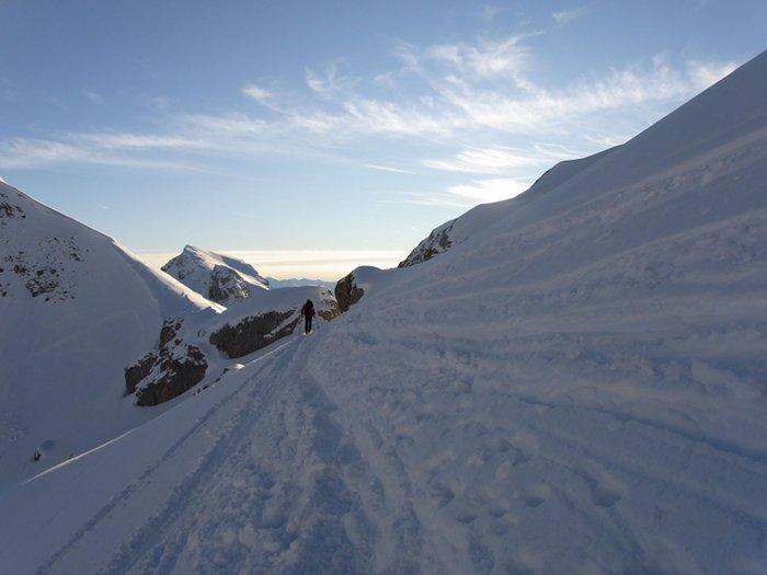 Beim Auf- und Abstieg von der Rofanspitze queren wir einen steilen Hang