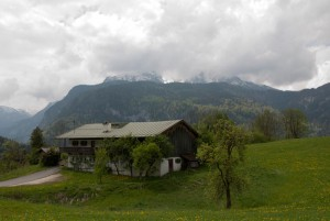Der Watzmann versteckt sich hinter den Wolken
