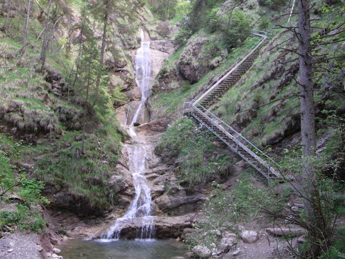 Treppen am Wasserfallweg