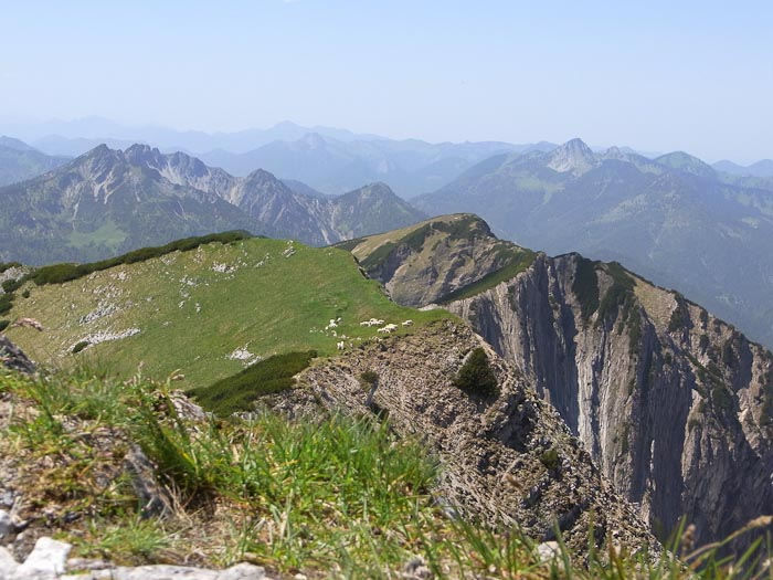 Gipfelblick auf dem Hinteren Sonnwendjoch