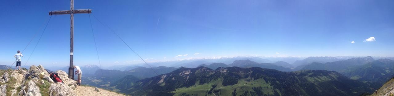 Gipfelpanorama auf dem Hinteren Sonnwendjoch