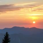 Auf den Laber zum Sonnenuntergang: Eine Feierabendtour in den Ammergauer Alpen