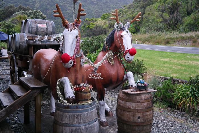 Weihnachten in Neuseeland mit Brauereirentieren
