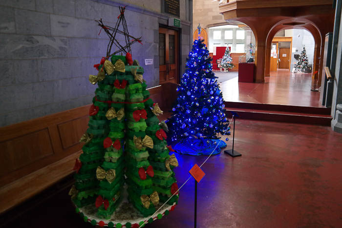 Weihnachtsbaum aus Eierkartons