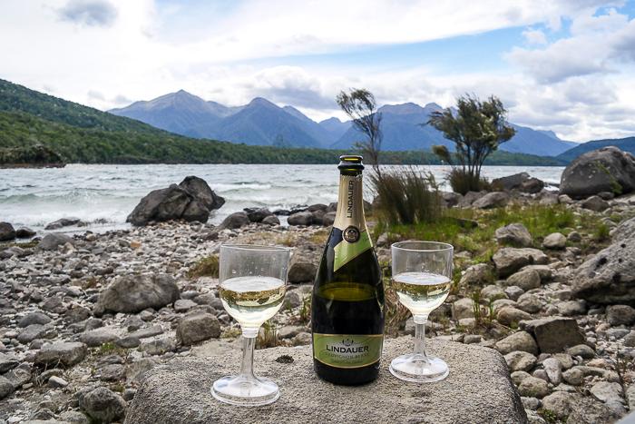 """Am Lake Manapouri in Neuseeland habe ich """"Ja"""" gesagt"""